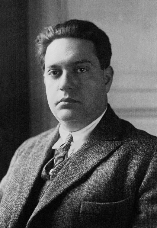 Photograph of Milhaud in 1923.