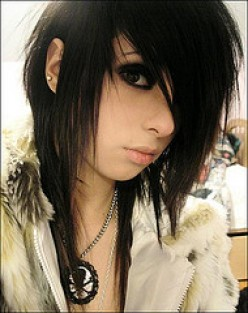 Scene Hair And Emo Hair – What is it?