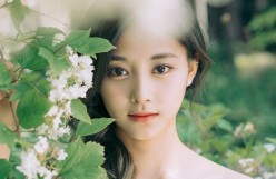 Top 10 Most Beautiful K-Pop Female Idols (2019)