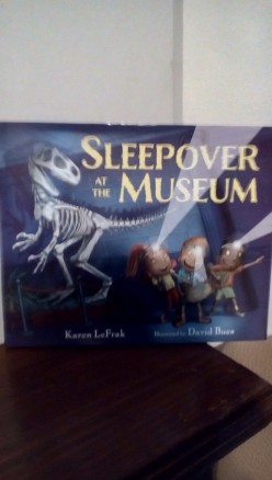 Museum Exploration for Young Readers in Fun Picture Book