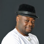 minakay profile image