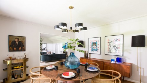 Organic shapes, Danish modern furniture and pops of color make up mid-century modern interiors.