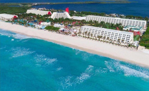 The Grand Oasis: The Best Party Hotel in Cancun