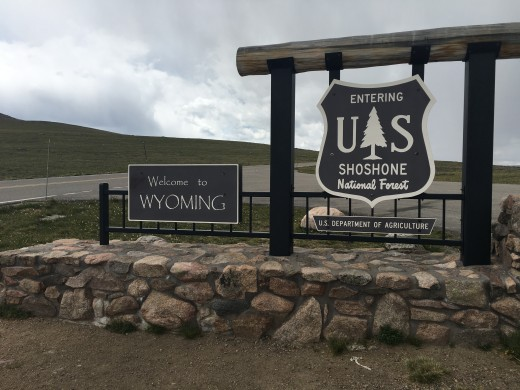Crossing into Wyoming in Beartooth Pass