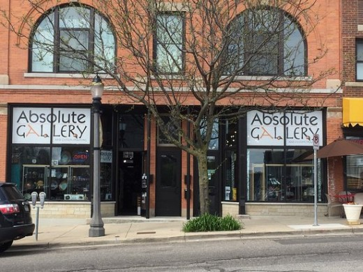 Absolute Gallery in historic and trendy building in  heart of Old Town