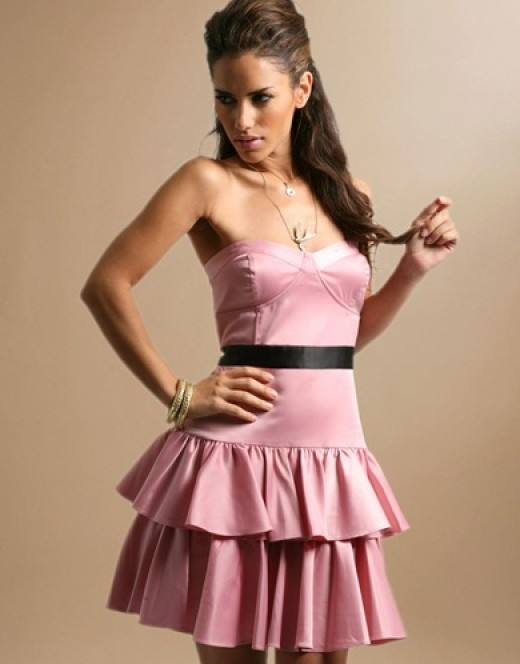 After a great look?  For only $22 you can get this Super Chic Tierred Corset Prom Dress at Asos.com