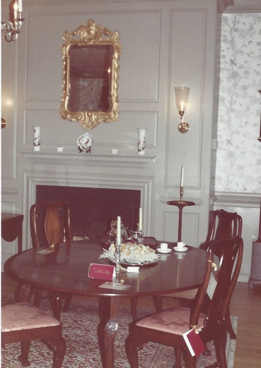 A room in one of the historic houses, November 1988.