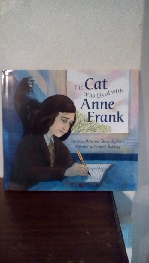 Gorgeous picture book with a history lesson for young readers.  Life with Anne Frank as seen through the eyes of her cat is an engaging read for young readers.