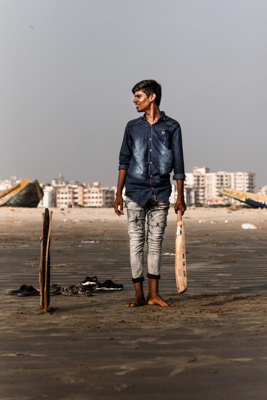 Man holding a cricket bat