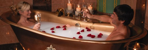 Pure luxury - a bath for two in the golden imperial bathtub