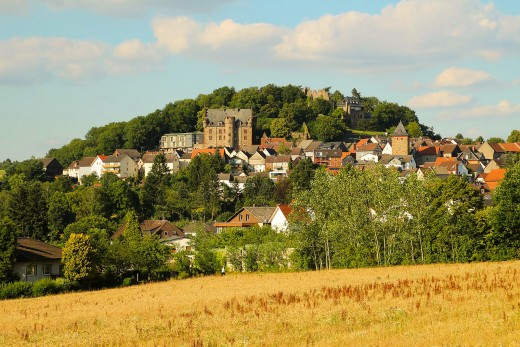 Staufenberg Castle: once scene of twin castles, the older was destroyed long ago; its twin still stands strong