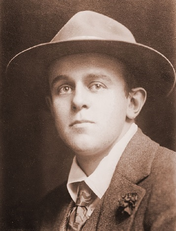 Photo of John Reed taken between 1910 and 1915