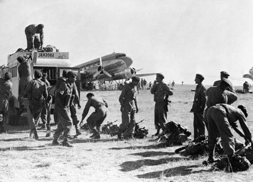 Troops landing in srinagar
