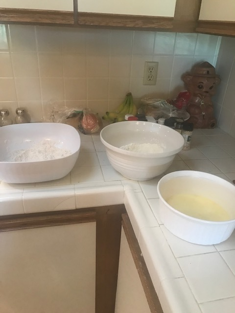 3 bowls for fried chicken