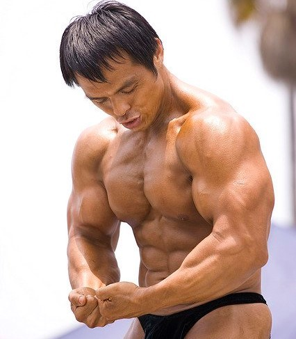 Use carb cycling to build muscle and lose fat.