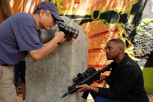 Behind the scenes: Ang Lee (director) working with Will Smith on the sets of 'Gemini Man'
