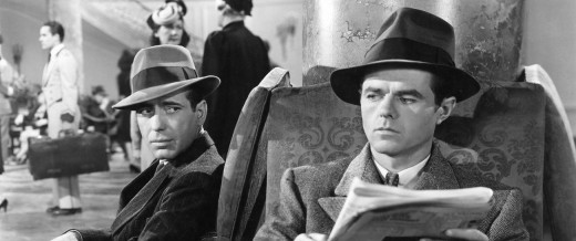 The film is a wonderfully evocative film noir, full of the tension and atmosphere one could hope for.
