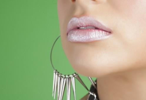 How to Choose Earrings for Sensitive Pierced Ears