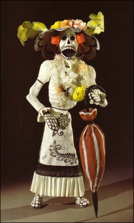 A full Catrina figure by the Linares family