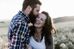5  Signs Your Romantic Relationship May Be Abusive