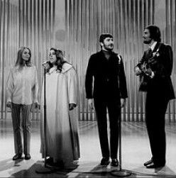 Best Songs To Represent Artists Associated With Laurel Canyon