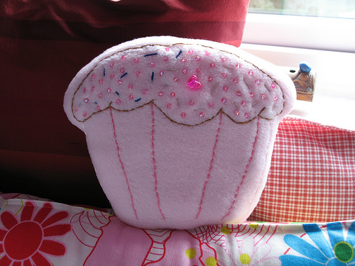 Selling crafts online is easy and fun (image courtesy of lady locket on Flickr)