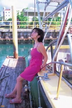 Minako Komukai Japanese Gravure Model, Actress & Video Idol