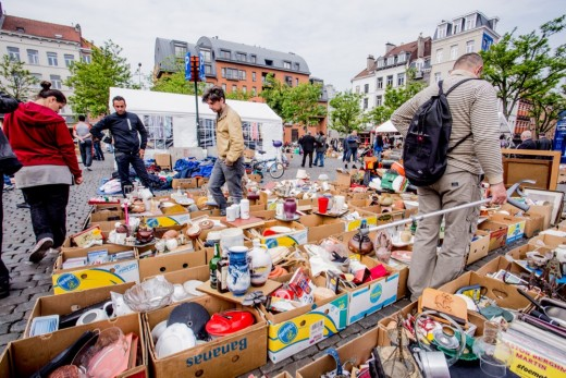 Flea Market Place du Jeu-de-Balle Brussels