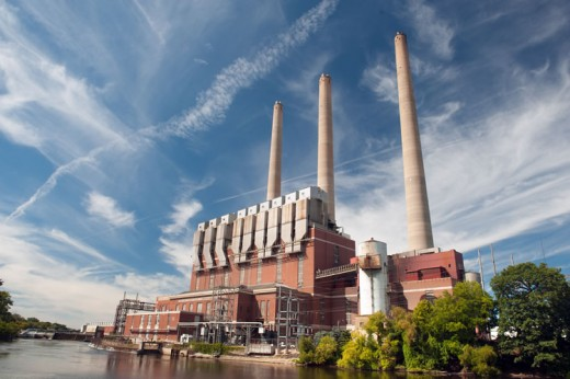"""Eckert Power Station featuring three chimneys """"Wynken"""", """"Blynken"""" and """"Nod"""" soon to be phased out"""