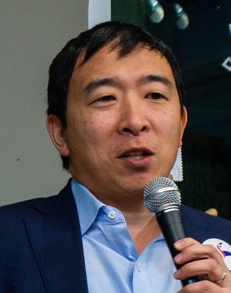 Andrew Yang often goes without a tie