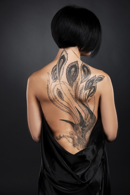 Beautiful tattoo, but the wearer cannot see  it.