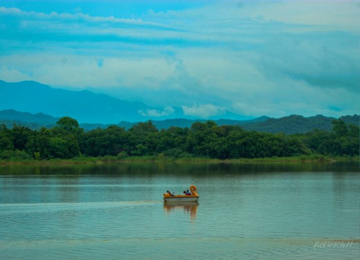 Photograph by Anuj (www.instagram.com/anukhii/)