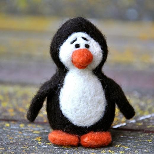 Penguin-Needle-Felting