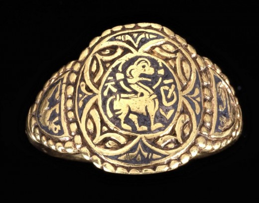 A late Anglo-Saxon gold ring worn by King Aethelswith.