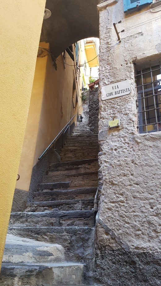 steps to the Doria Castle