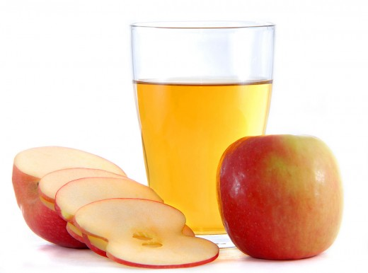 Vinegar made from cider or apple must