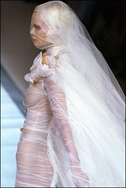 Cheap Wedding Dresses-Creative Ideas for the Bride on a Budget