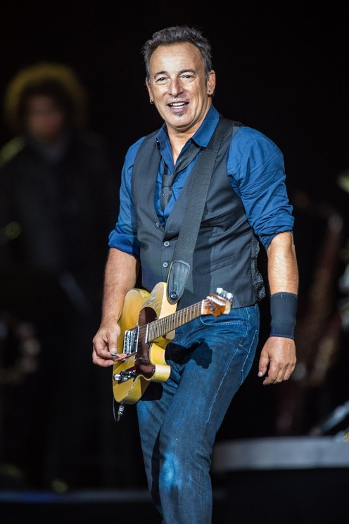 Top 10 Male Rock Musicians Over the Age of 65 (and Still Going Strong!)