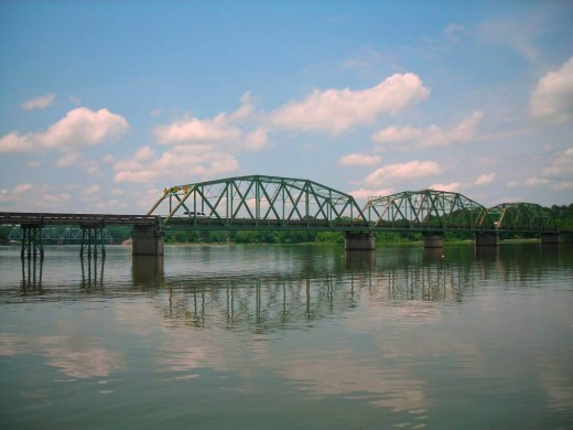 Hwy. 78 bridge crossing the Coosa River in Riverside