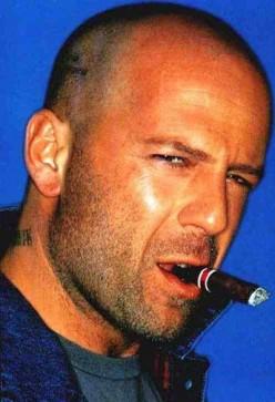 sexy bald - Bruce Willis (http://theradreport.com/2006/11/25/super-hero-bruce-willis-blows-up-la-dates-renee-zellweger)