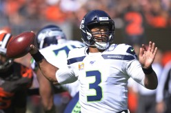 Seattle Beats Cleveland 32-28. Browns Commit 5 Turnovers.