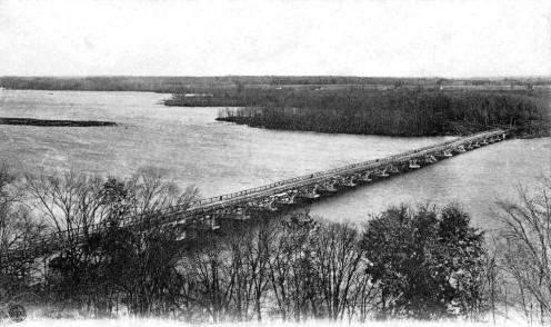 Bellefeuille Bridge and the Mille-Îles River, Saint-Eustache, Québec, circa 1905