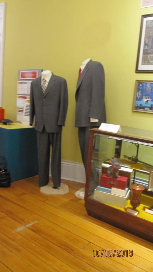 Penn & Teller Suits - American Museum of Magic - Marshall, MI