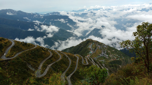 32 hairpin bends enhance the beauty of the place