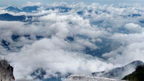 Mountains hidden in the ocean of clouds