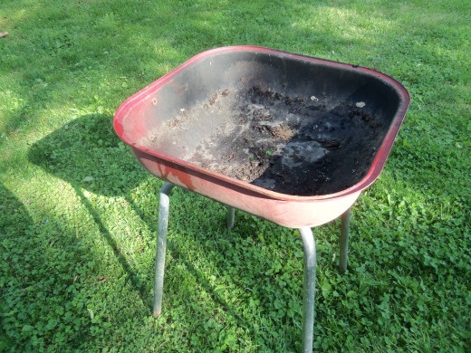 What do you think? Is this grill too far gone?  Photo by Favored