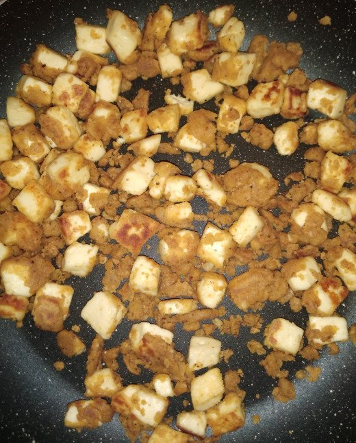 Shallow fry paneer in medium flame till it gets nice golden brown color.