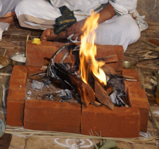 Agnihotra purifies the environment