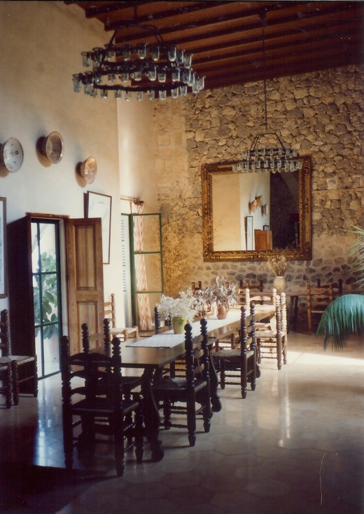 Dining room inside Son Marroig