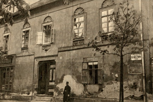 This photo rom the article collection of the Metropolitan Ervin Szabó Library's Budapest Collection. Collected with altering intensity between 1906 and 1980, the material is mostly about the local history of Budapest.